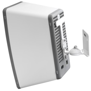 Grid Grabbing Swivel Wall Mount Suitable for Sonos Play:3 White